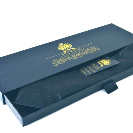 Luxusná pánska hodvábna kravata čierna paisley