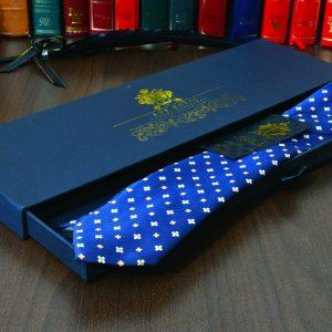 modrá foulard floral kvetinová hodvábna kravata