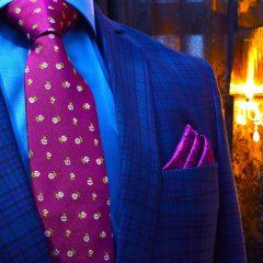 vínovo fialový luxusný pánsky hodvábny darčekový set z kravaty a vreckoviek do saka