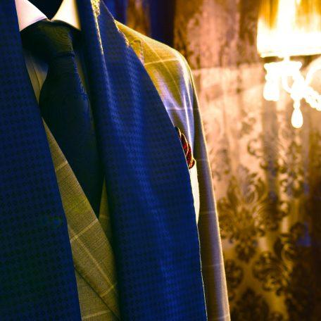 Elegantný modrý hodvábny pánsky šál