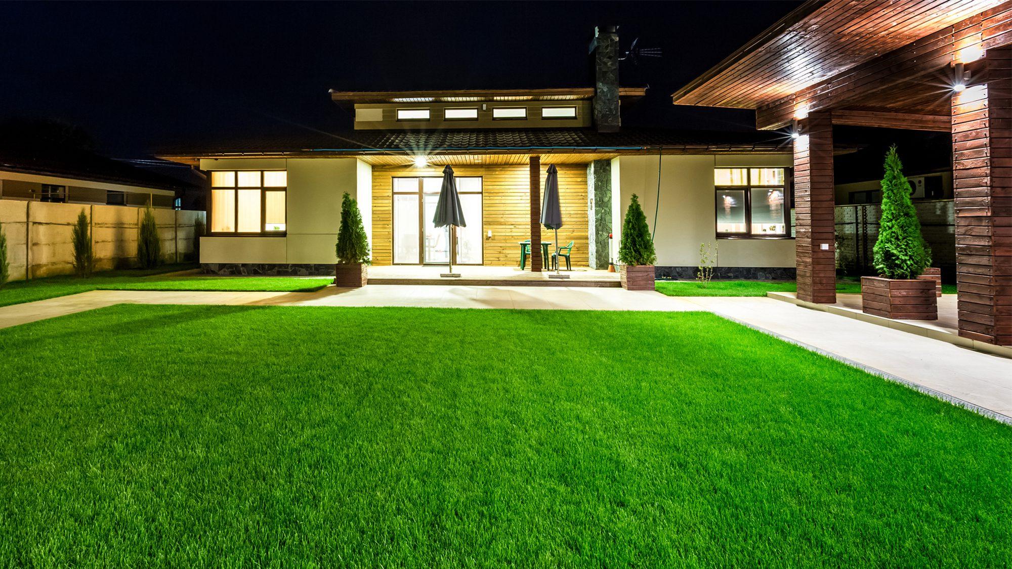 Outdoor Lighting Ideas For Your Porch Backyard Or Driveway Realtor Com