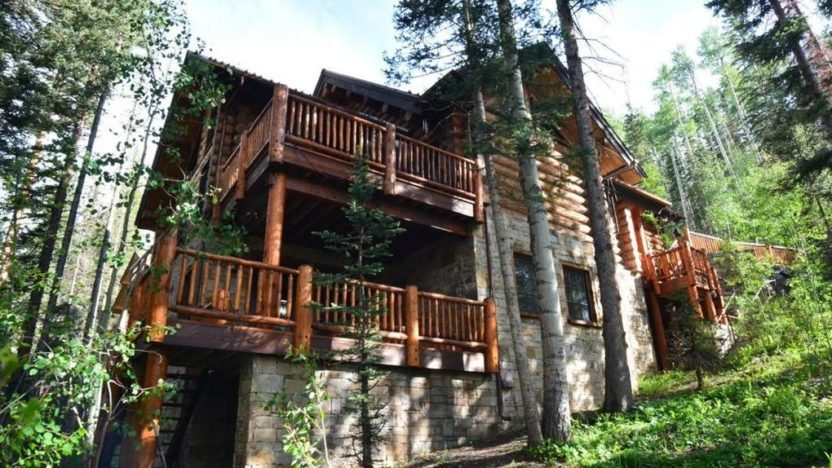 This cabin near Telluride is a ski in, ski out property