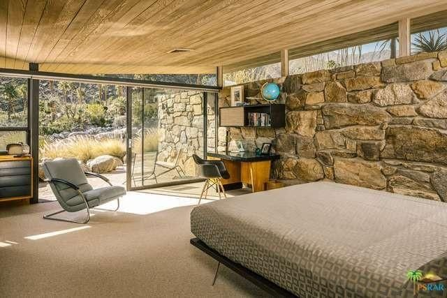 Edris house bedroom