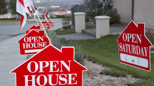 With an Offer on the Table, Is It Still Wise to Show Your Home?