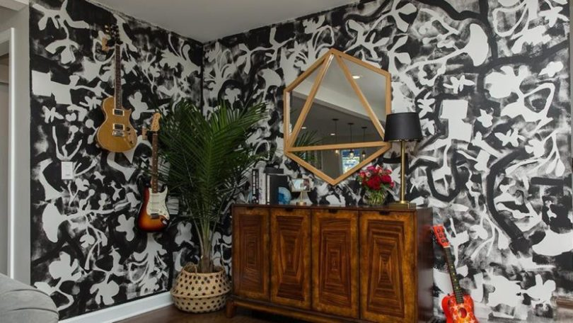 Entryway with custom-painted accent wall