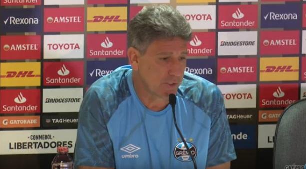 Renato afirma que Grêmio foi roubado