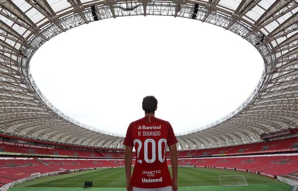 Capitão e torcedor: Dourado dá entrevista sobre sua trajetória no Inter