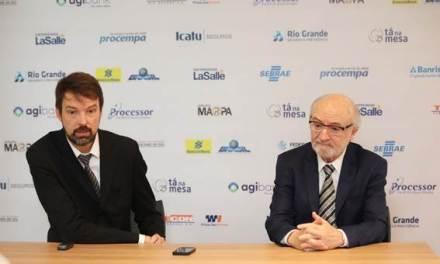 Percival Puggina e Fernando Schüler falam sobre as dificuldades em promover reformas no Brasil