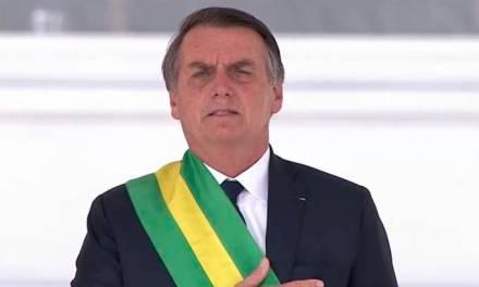 Bolsonaro estabelece novo salário mínimo de R$998 para 2019