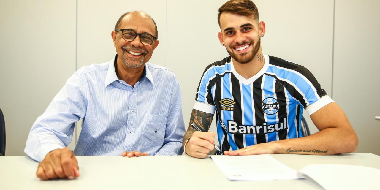 Vizeu é oficializado no Grêmio