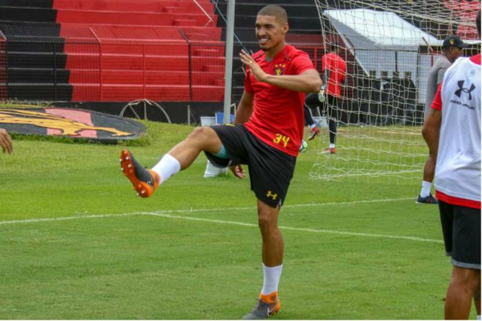 Inter está reforçando a zaga