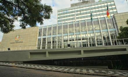 Assembleia Legislativa aprova reajuste do salário mínimo regional e nova diretoria do Banrisul