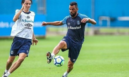 Grêmio já está na Bahia e tem desfalque