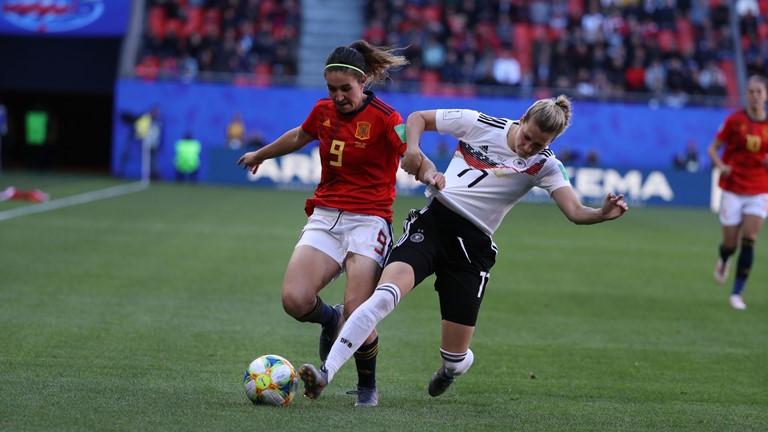 Alemanha derrota Espanha e está a um pé das oitavas da Copa