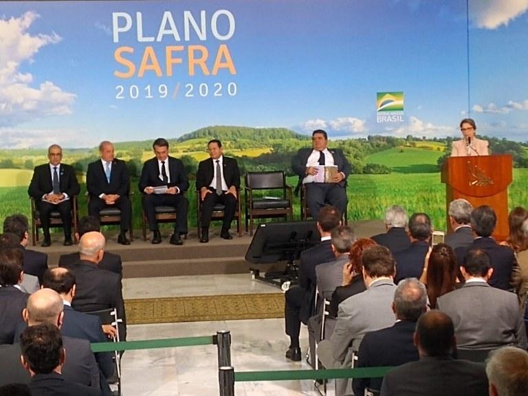 Governo lança Plano Safra 2019/2020 com R$ 225,59 bilhões para apoio de produtores