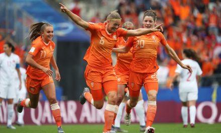 Holanda vence o Canadá e confirma liderança do Grupo E no Mundial Feminino