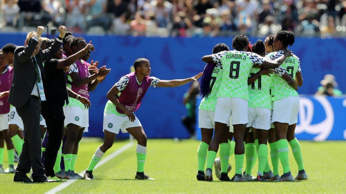 Nigéria vence Coreia do Sul na abertura da segunda rodada