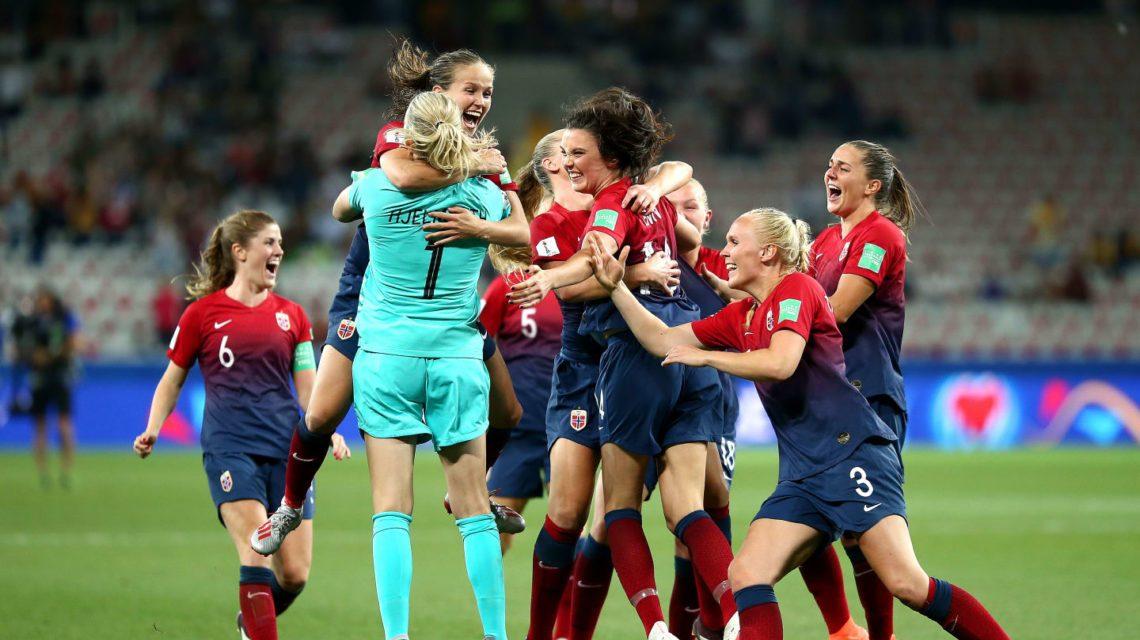 Noruega vence e está classificada para as quartas de final