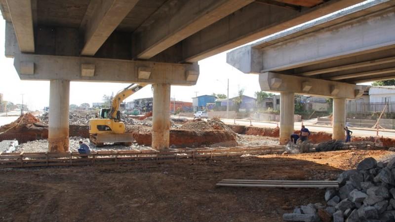 Retomada construção de viaduto na ERS-118, em Sapucaia do Sul