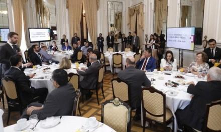 Governador anuncia que IPVA 2020 poderá ser quitado até abril