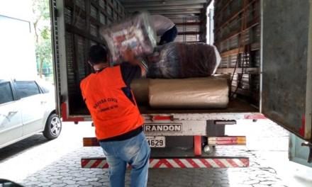Defesa Civil recebe doações para auxiliar população atingida por temporais