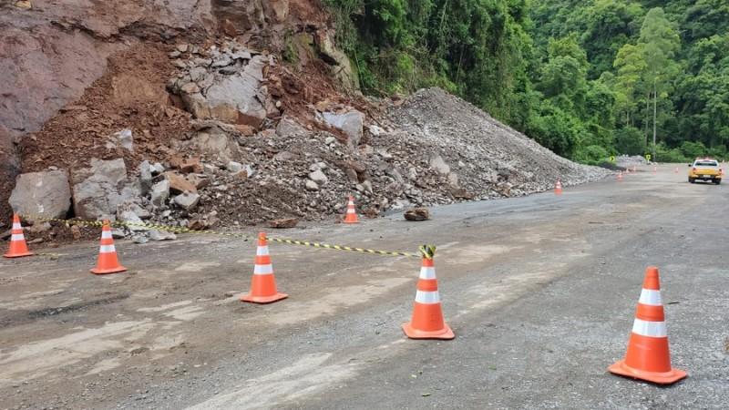 Novo deslizamento reforça alerta de instabilidade no km 43 da ERS-122