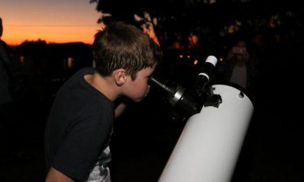 Bento Gonçalves recebe mais de 150 cientistas para simpósio de astronomia