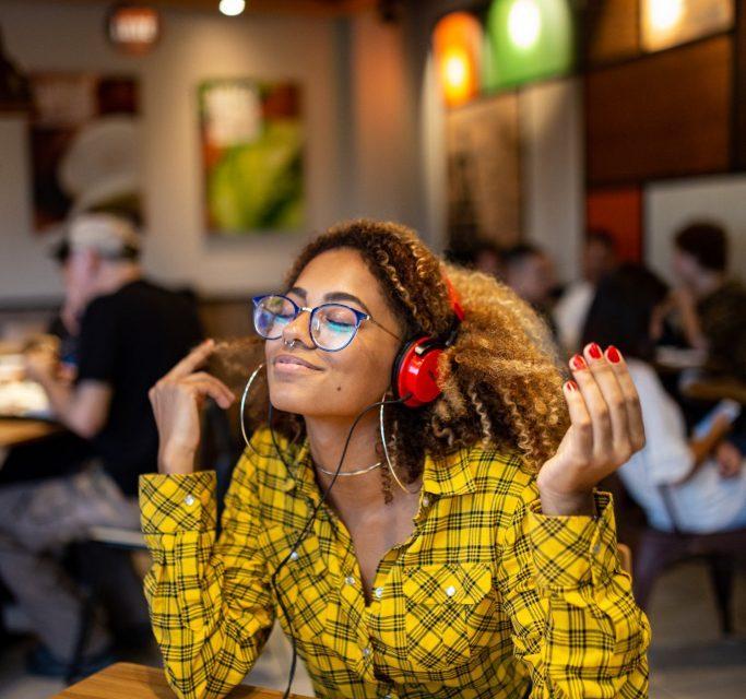 Festival de música à distância permite momento de cultura em meio a quarentena