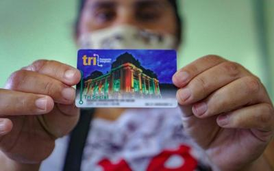 Cartão TRI Social começa a ser distribuído em Porto Alegre