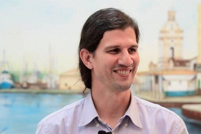 Primeiro colocado na lista tríplice, Danilo Giroldo é nomeado reitor da FURG