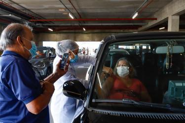 Capital aplica mais de 410 mil vacinas contra Covid-19, incluindo as duas doses