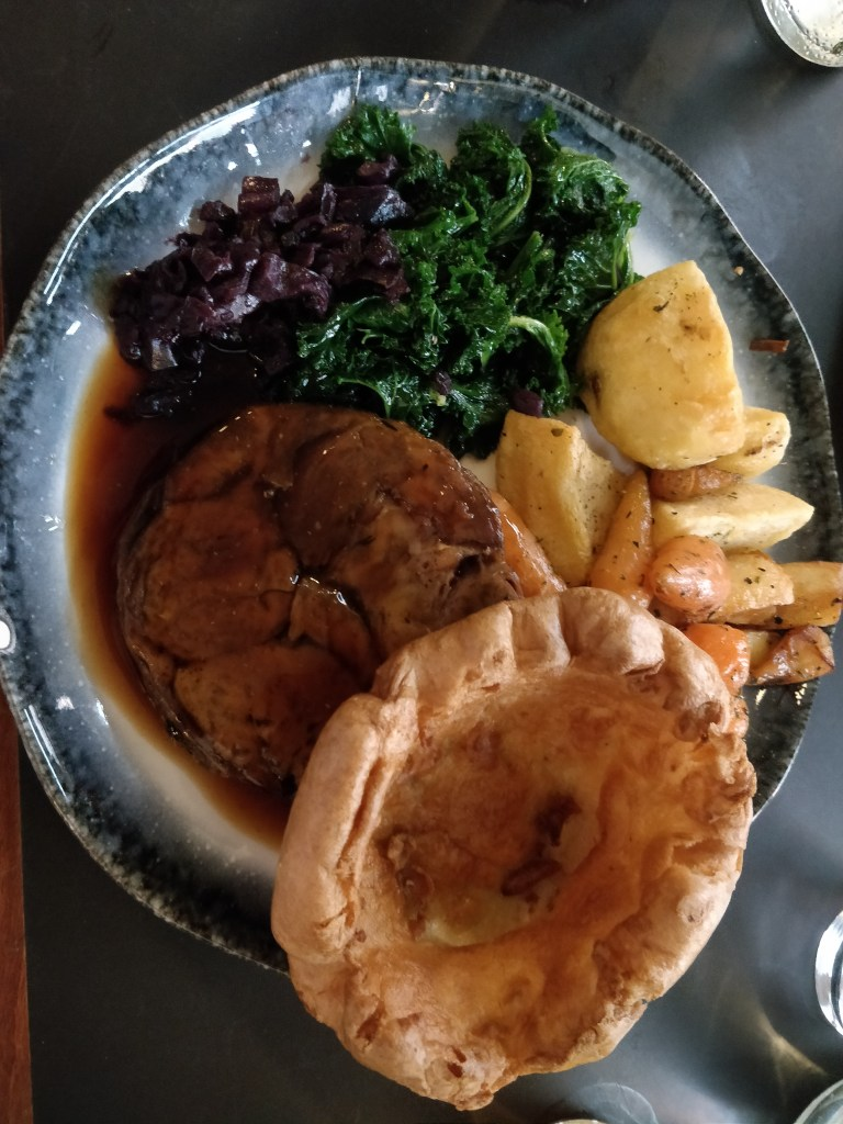 Roast dinner at The Three Crowns, Shoreditch