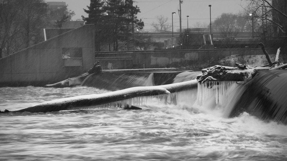 Sixth Street Dam 2898-2898