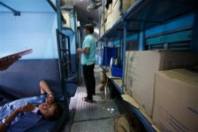 riding-the-rails-in-india-9