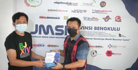 Tekan Penebaran Covid-19, CEO Bencoolen Mal Salurkan Masker Melalui JMSI