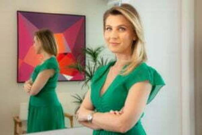 Ana-Paula-Caramori-médica-dermatologista-Crédito-Lenara-Petenuzzo-300x200 Falta de exposição à luz solar pode afetar a saúde