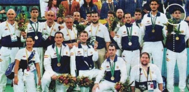 manchete-de-jornal-mostra-a-fraude-da-espanha-nas-paraolimpiadas-de-2000-e-destaca-o-jornalista-infiltrado-1445600941773_615x300