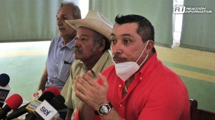 Ejido members of the Mazatlán-Tepic highway movement deny having armed men