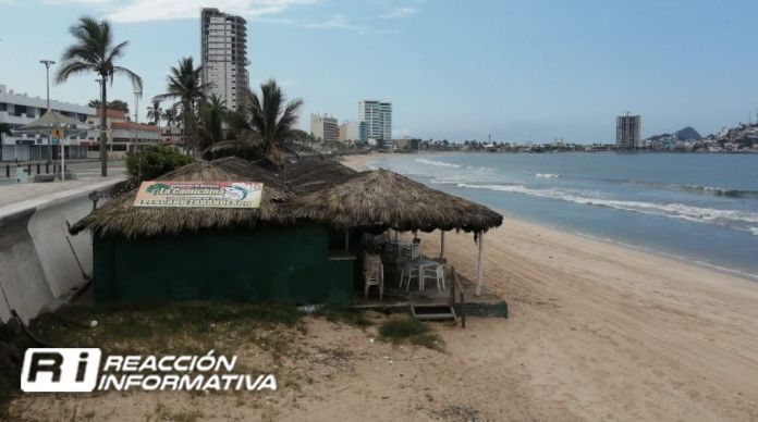 Little by little sales rebound with Mazatlán palaperos