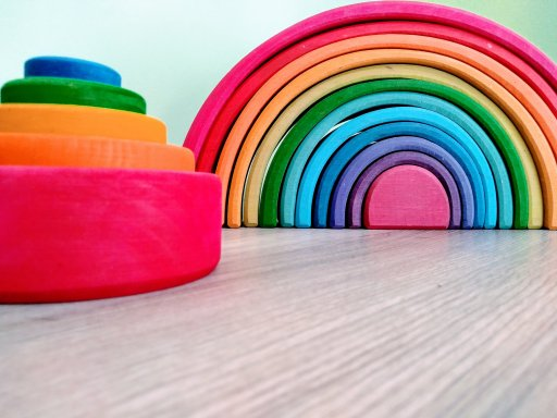 Grimm's rainbow and nesting bowls