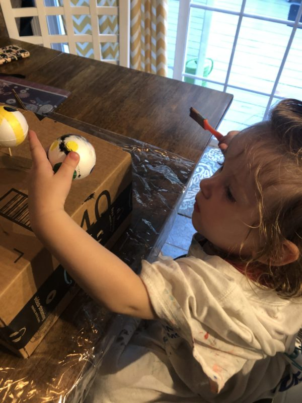 Painting diy baby mobile