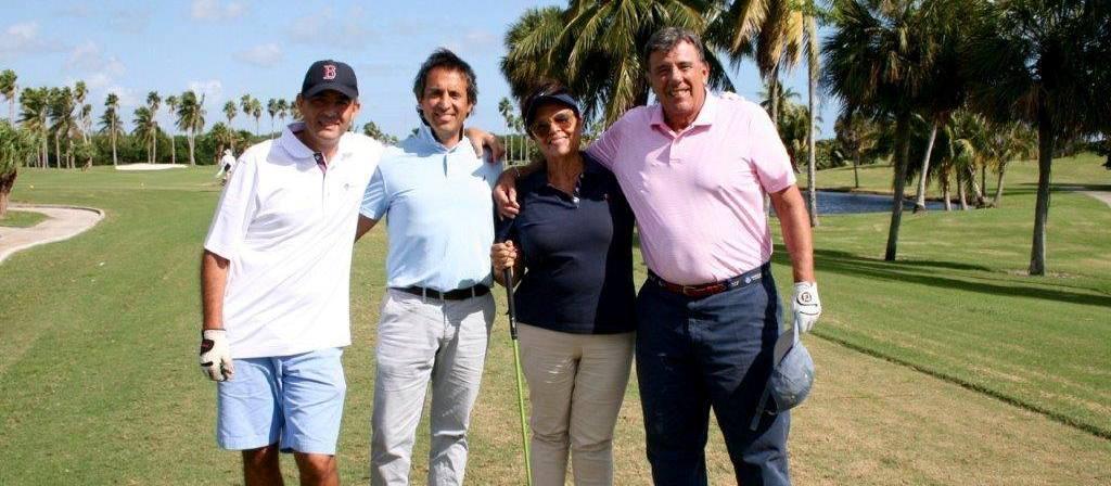 Sexto Torneo de Golf de ReachingU en Miami