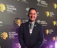 Participante del programa Directores de Excelencia nominado al premio Mejor Maestro del Mundo