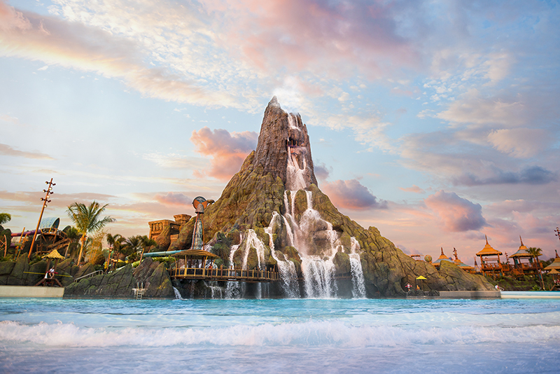 Volcano Bay Review