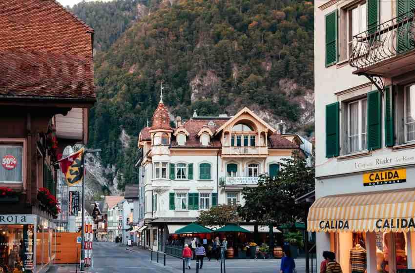 Interlaken | Switzerland's magnificent scenery