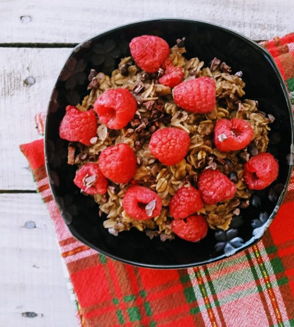 Three Kings Oatmeal: A Cozy Bowl of Spices from the East
