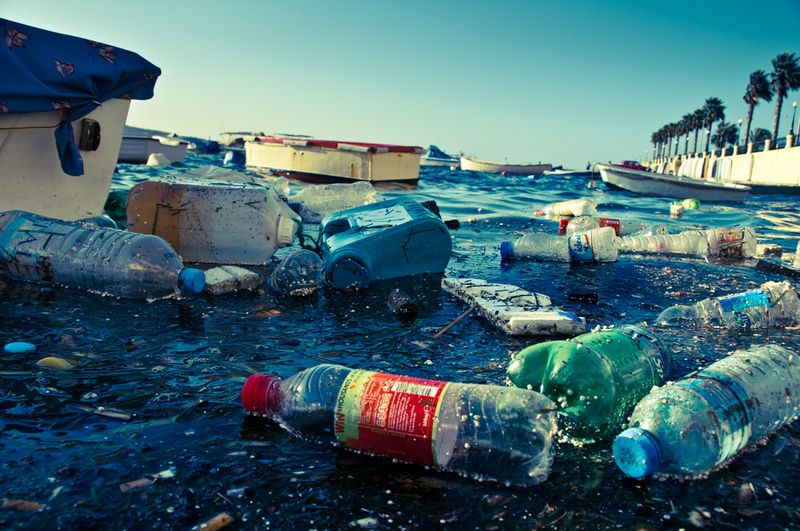 Plastic debris in the Mediterranean Sea. (photo: Alan Bachellier/Flickr)