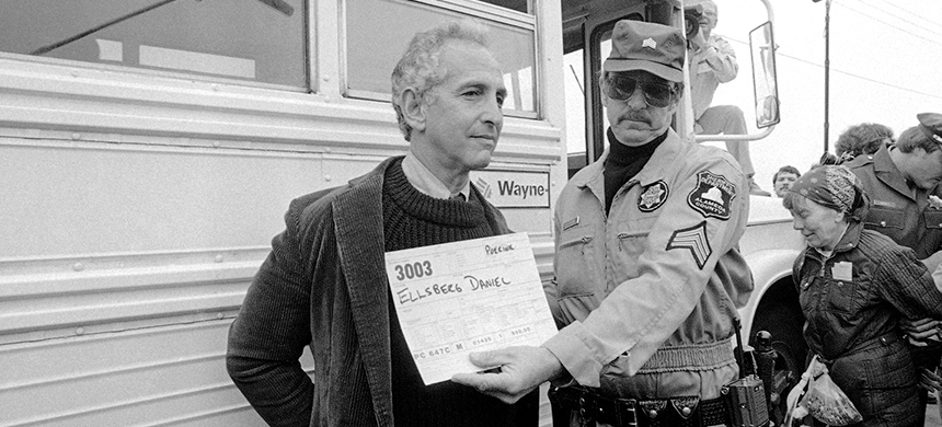 Daniel Ellsberg, whistle-blower and former presidential adviser on nuclear strategy is arrested on Monday, June 22, 1982 at the Lawrence Livermore Laboratory in Livermore, California. Demonstrators opposed to Nuclear weapons development at Lawrence Livermore Lab were hauled off to jail as well as Ellsberg. (photo: AP)