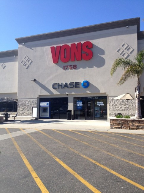 Vons Store