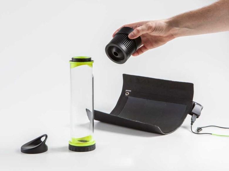 Fontus-Airo-Self-Filling-Water-Bottle-3